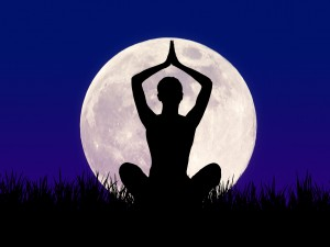 full_moon_yoga